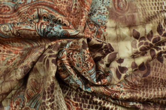 Jersey fond peau de bête et motifs cachemire