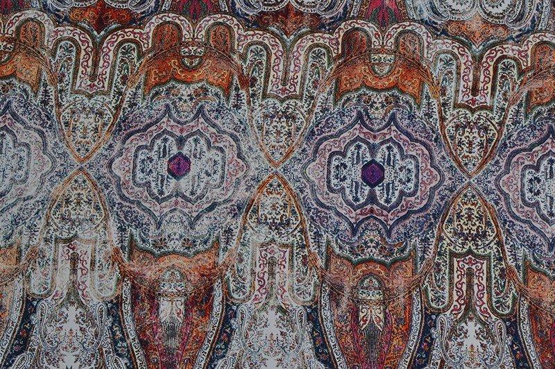 Satin lavé grands motifs cachemires