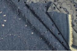 Jean's brodé bleu