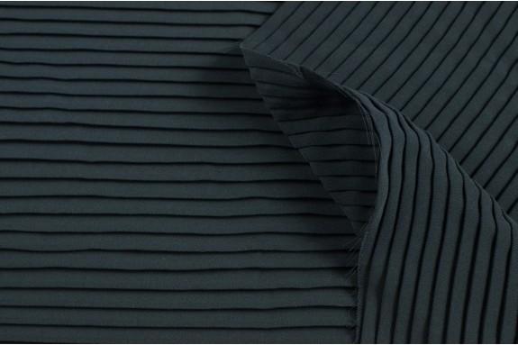 Polyester plissé gris foncé