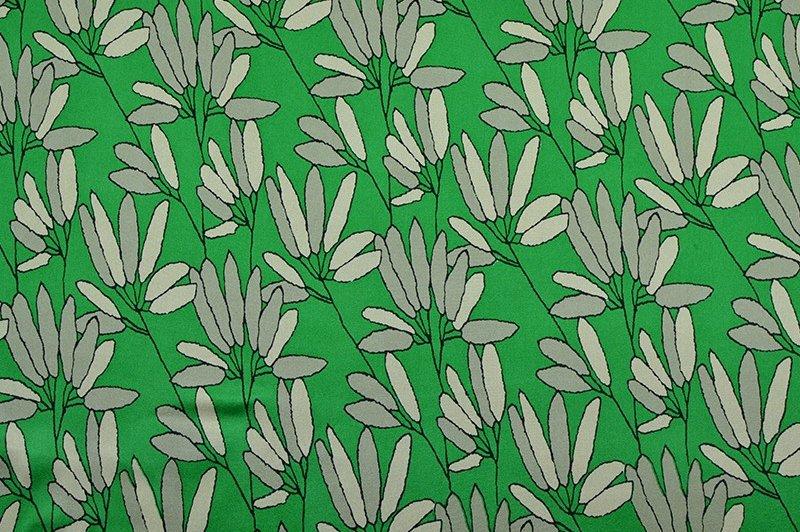Satin de soie mélangée fleuri vert