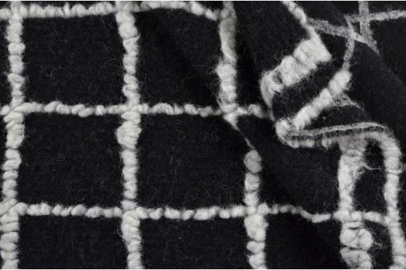 Lainage noir et blanc